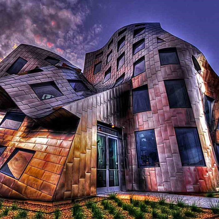 დეკონსტრუქტივიზმი – არქიტექტურა სტეროიდებზე
