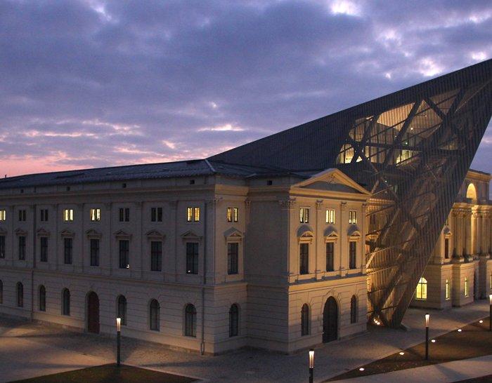 დანიელ ლიბესკინდი – ყველა შენობა ისტორიას უნდა ყვებოდეს